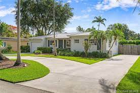 SW 54th Ave SW 80th St neighborhood of Miami, FL